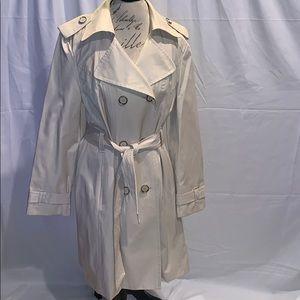 London Fog light beige light trench coat